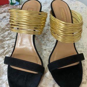 Black and gold Aquazzura heels. Size 36.5.